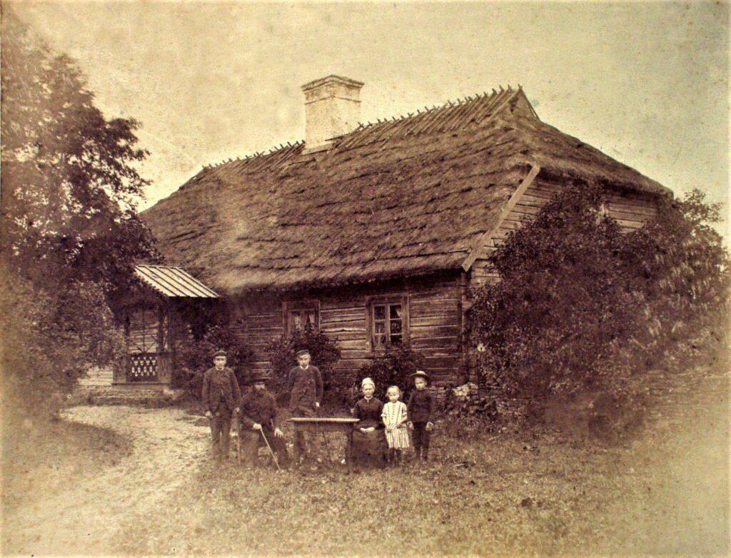1698 – Juuru köstrikool