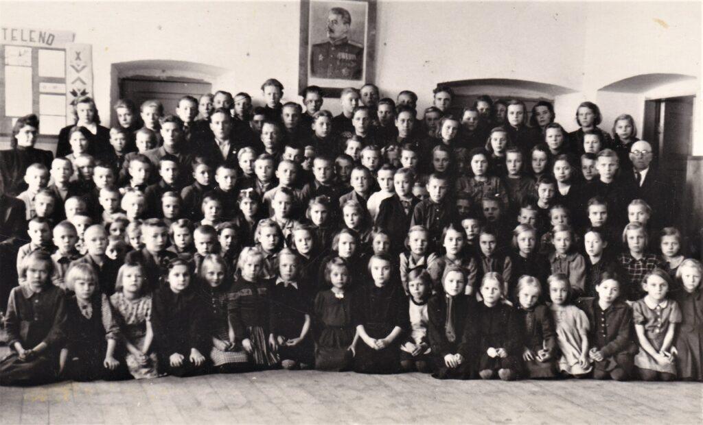 1944 – Juuru Mittetäielik Keskkool