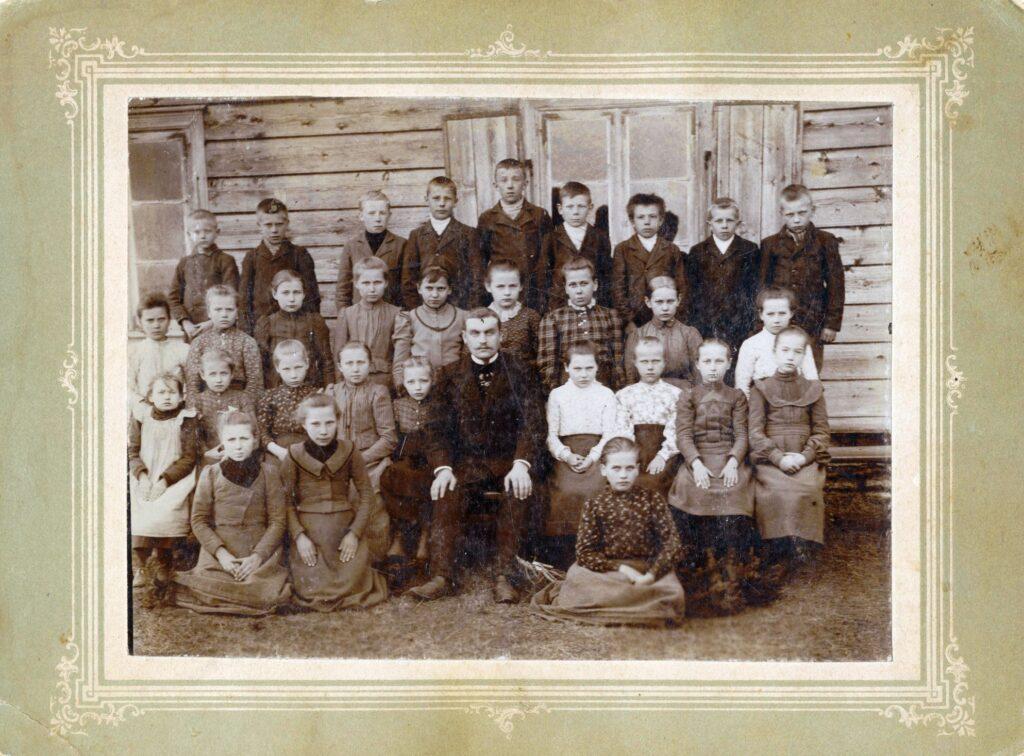 1871 – Juuru-Atla vallakool